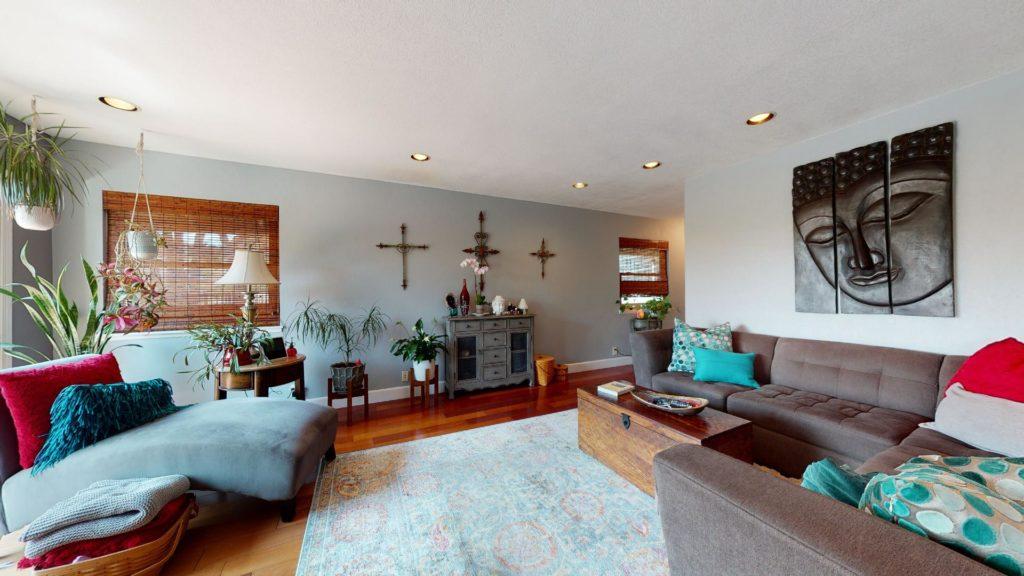 6577 Camino Capistrano living room
